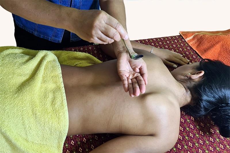 Oel-Thai-Massage-Saegdee